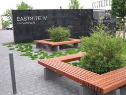 Gewerbliche Außenanlage Bepflanzung Gestaltung