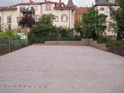 Außenanlage öffentlich Parkplatz