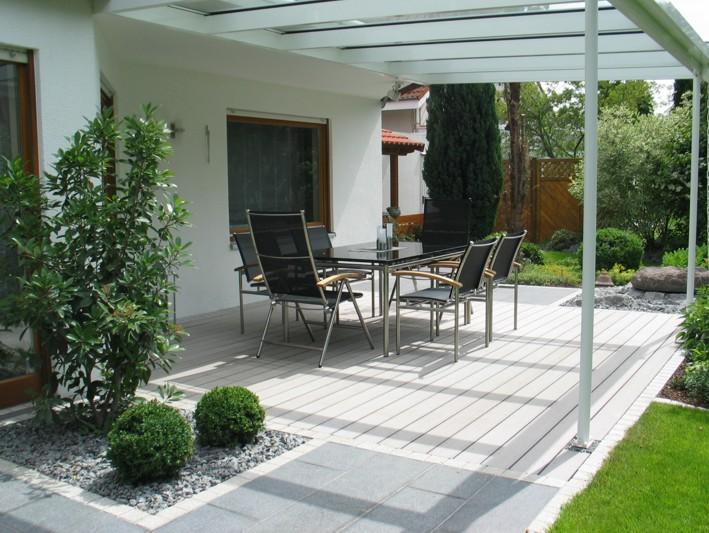 Terrasse Holz Stein Basalt
