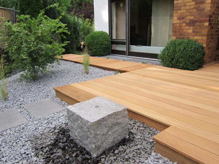 Holzterrasse Granit Holz Garten